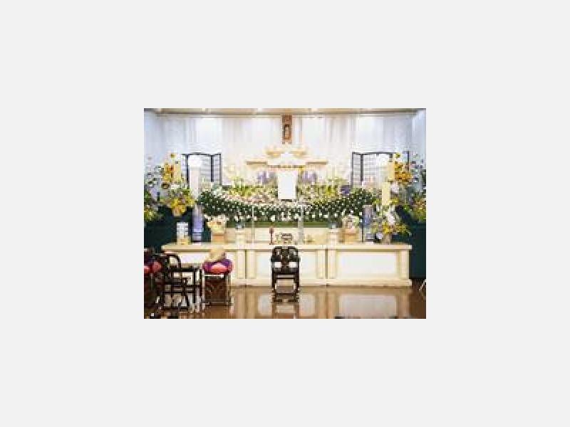 祭壇(平安ホール湯の川)